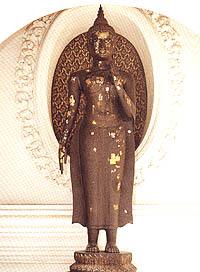 พระพุทธรูปปางแสดงอิทธิปาฏิหาริย์