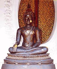 พระพุทธรูปปางประทานพร ( นั่ง )